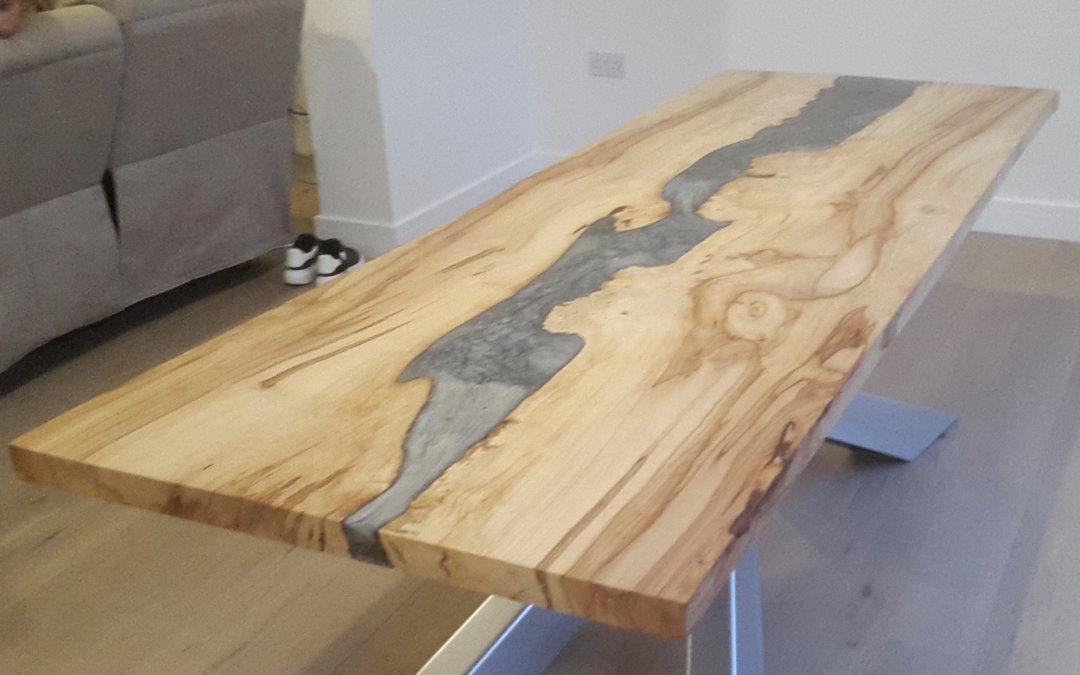 Wood and resin dining tables uk